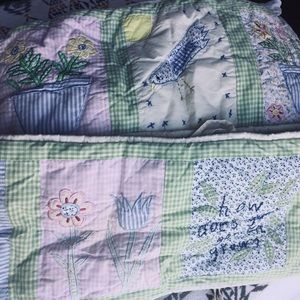 Pottery barn kids bumper quilt flower garden